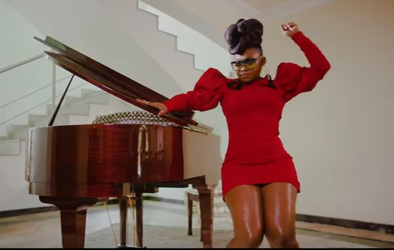 Download Video | Niniola ft Sarz – Designer (Official Music Video)
